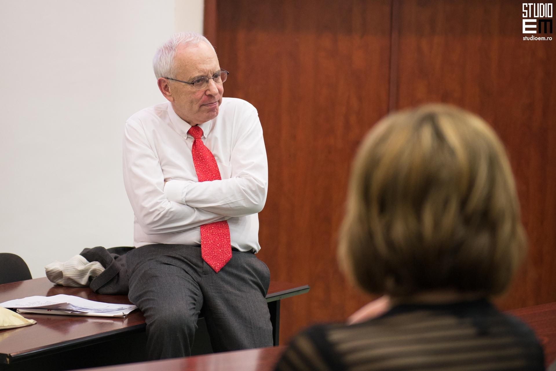 Fotografie conferință Gene Epstein